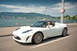 Tesla Roadster zvítězila v alternativní Rally Monte Carlo