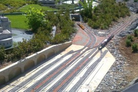 Protihlukové stěny podél železnice jsou nebezpečné