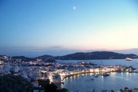 Cestovní kanceláře požadují nezákonné storno poplatky