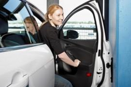 Konec odřených dveří: Ford představuje chytrý chránič