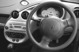 Za přetočený tachometr odpovídá prodejce auta