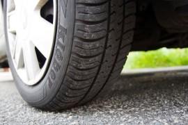 Čtyři testované letní pneumatiky jsou nebezpečné