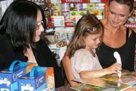 Zora Janda helps children discover the magic reading