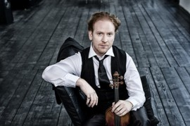 Guy with a violin Daniel Hope is heading to Prague Castle