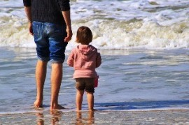 Are you planning an exotic vacation with children? Be careful especially infections and injuries