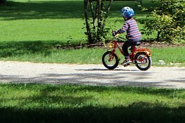 Ten bicycle or how to increase the safety of children on bicycle