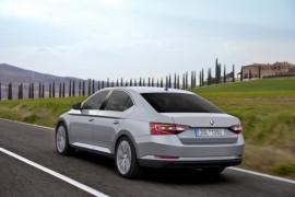 Crashtesty – Škoda Superb má pět hvězdiček