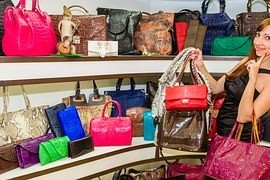 Buying handbags for 130 000 CZK ended unpleasantly