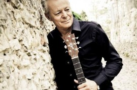 Guitarist Tommy Emmanuel celebrates 60th birthday at the Rudolfinum