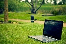 Notebooky slaví 35 let, jejich kratší životnost zvyšuje množství elektroodpadu