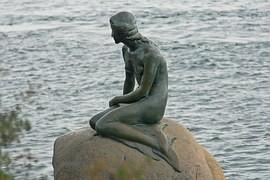 Night with Andersen: The Little Mermaid loaded Ladislav Frej.