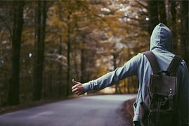 Hitchhiking - cheap travel, but with risks!