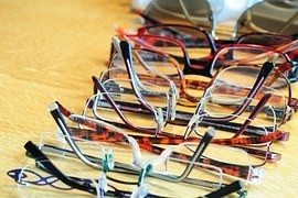Choose the best glasses. Just a few simple tricks!