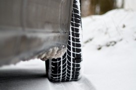 Safety on snowy roads provide winter tires, not year-round