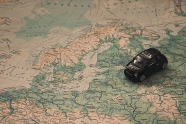 How to spend a foreign holiday on your own axis as smoothly as possible?