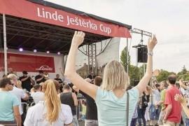 Support Lesbiens at Linde Luster Cup 2017 in Letná