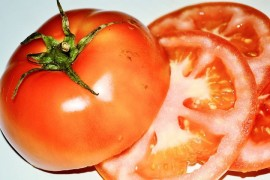 We glimpse in the kitchen with tomatoes