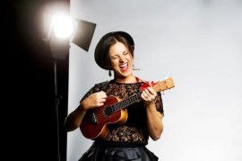Diva Baara is the official guest of the concert Caro Emerald