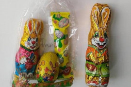 Shops offer fake chocolate Easter figurines