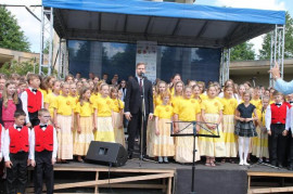 Martin Chodúr returns to Lidice with his song Lidice. And before a holiday is waiting for him a fesť