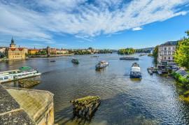 Malá a rekreační plavida mít zařízení Inland AIS a Inland ECDIS nemusí